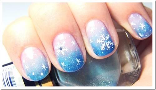 Как оформить ногти по-новогоднему?