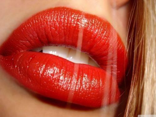 Как увеличивают губы гиалуроновой кислотой