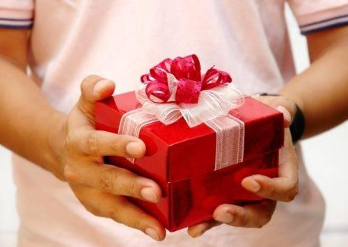 Что можно подарить на день рождения женщине