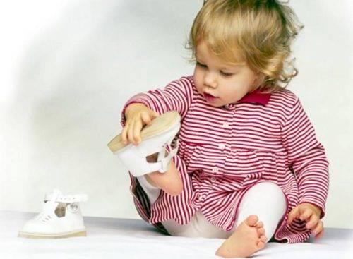 Как выбрать размер детской обуви