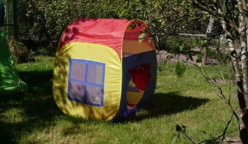 Как сложить игровой домик палатку