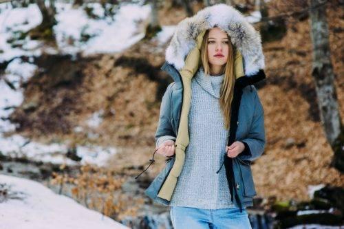 Как выбрать женский пуховик на зиму