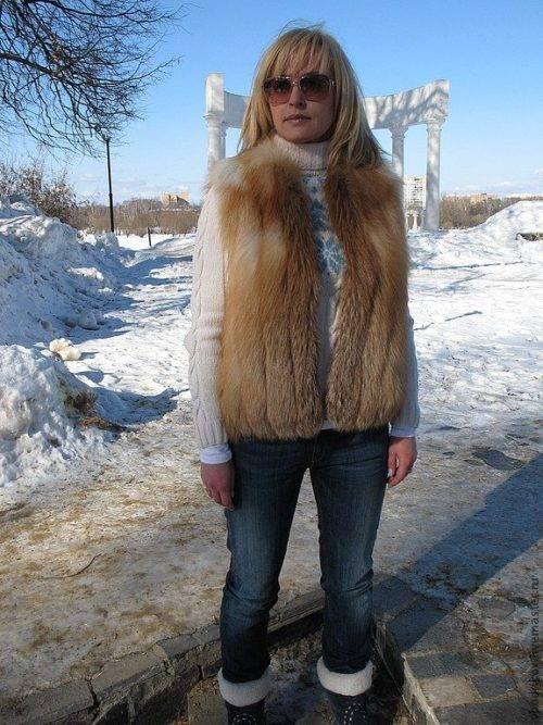 Когда одевать меховую жилетку