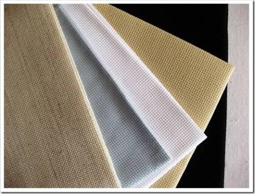 Подготовка вышивки к нанесению флизелина