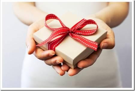 Покупка подарков и сувениров к праздникам
